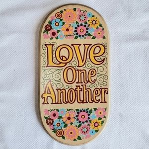 """VTG 70s Yorkraft """"Love One Another"""" Wooden Sign"""